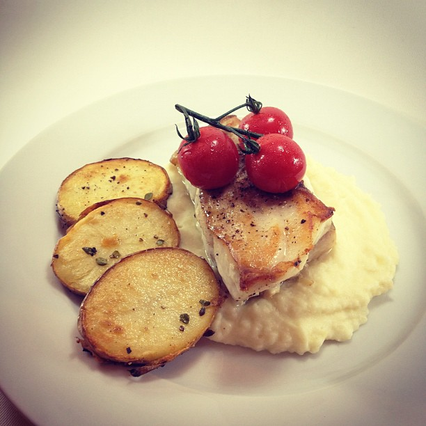 ... hamour with potato, celery root and parsnip puree | the barbecue chef